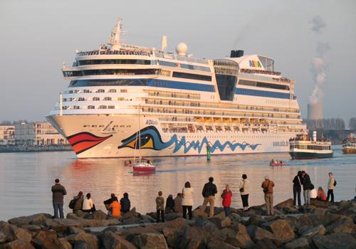 AIDAbella Warnemünde 2008