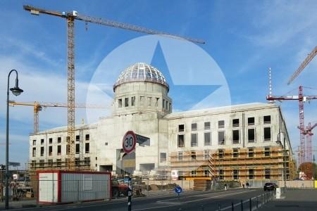 Berliner Stadtschloss mit Kuppel im Rohbau, 2015