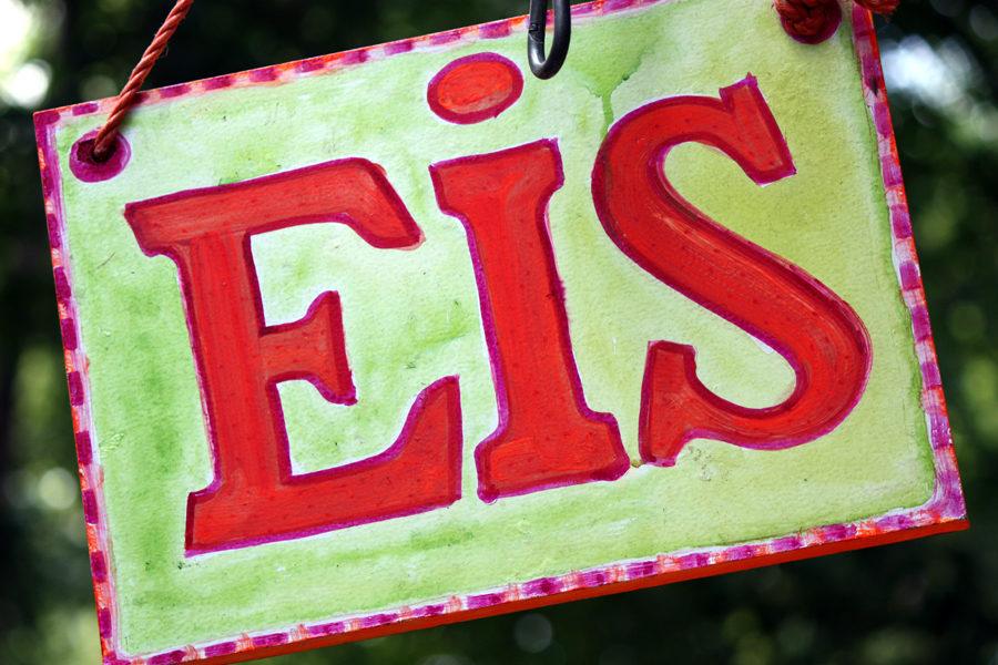 Eis Schild Insel Berlin Treptow 2011