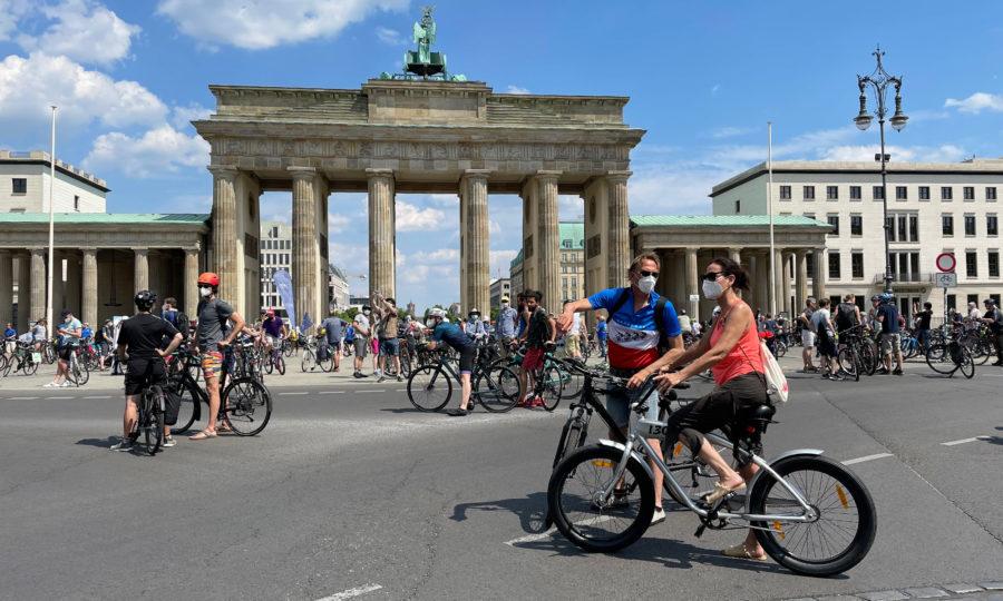 Sternfahrt am Brandenburger Tor
