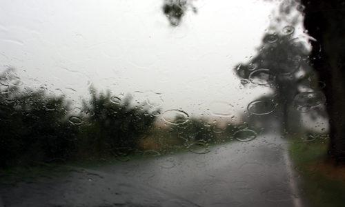 Fenstertropfen Regen Landstraße 2010