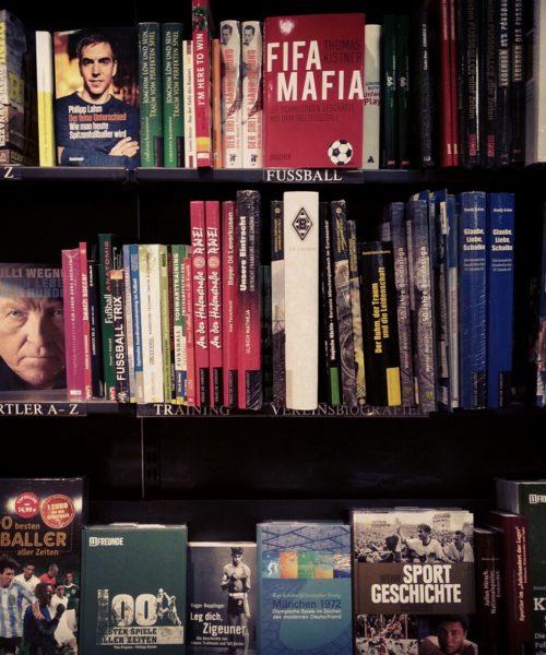 Fußballliteratur Dussmann Berlin 2012