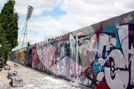 Grafittiwand Mauerpark Berlin 2011