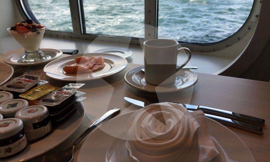 Frühstück im Atlantik auf der Mein Schiff 5