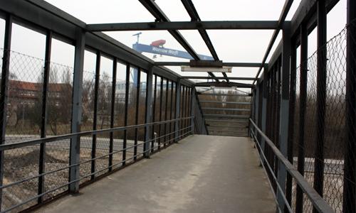 Nordkreuz Bahnhofsbrücke Warnemünde 2011