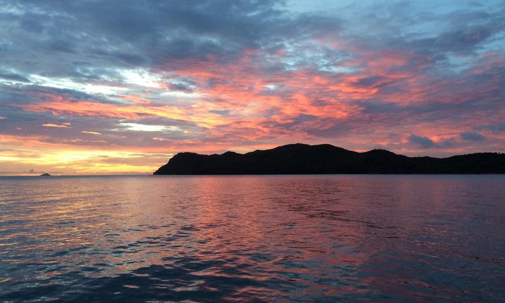 Sonnenuntergang vor Curieuse, Seychellen