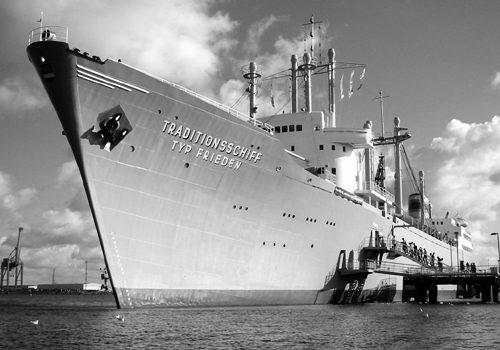 Traditionsschiff Typ Frieden 2003