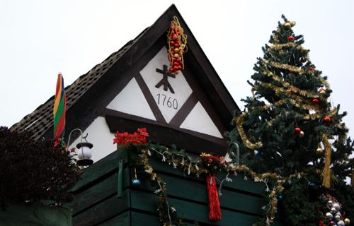 Weihnachtliche Alexandrinenstraße Warnemünde 2009